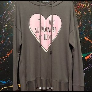 I am surround by idiots pullover